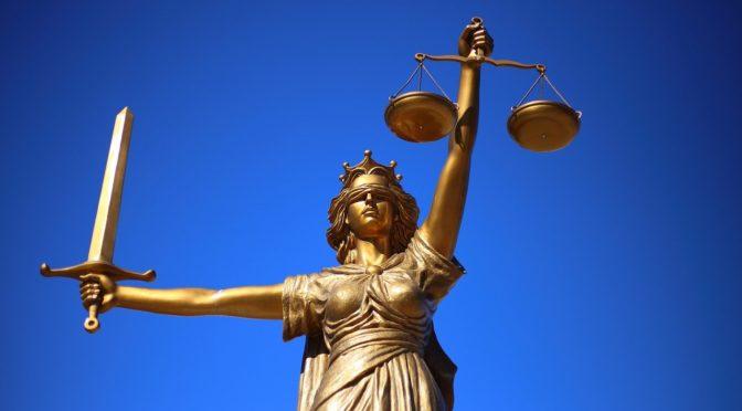 W czym może nam wspomóc radca prawny? W jakich sytuacjach i w jakich kompetencjach prawa pomoże nam radca prawny?